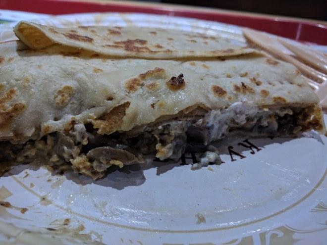 Pratos típicos para provar na rússia Blini panquecas teremok