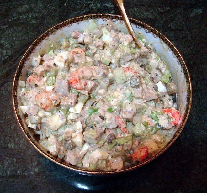 pratos tipicos para provar na rússia salada russa maionese olivier